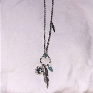 Lucky Brand necklace - great condition